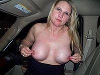 Reife blonde Amateurin nackt und beim Sex