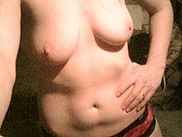 Intime Nacktfotos einer geilen Amateurin