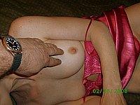 Amateurin mit nackten Titten und geiler Muschi