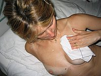 Ehefrau besamt - Geile private Sperma im Gesicht Bilder