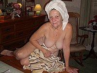 Omas nackt reife Nackt oma